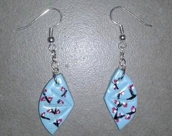 Fan earrings
