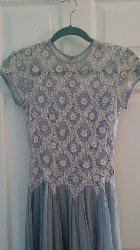 Carlye Vintage Lace and Linen dress size 0