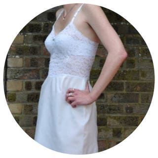 St Michael's Vintage 60's White Nylon & Lace slipunderdressRomantic slip Size 8