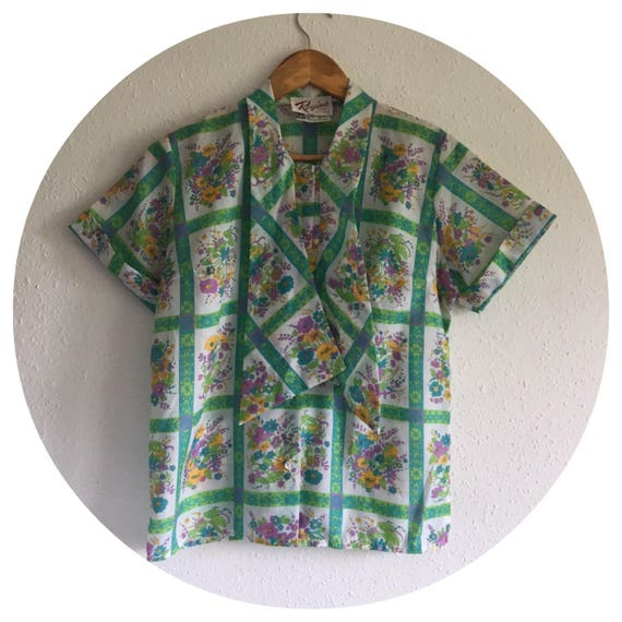 70s Floral vintage tie front blouse size small