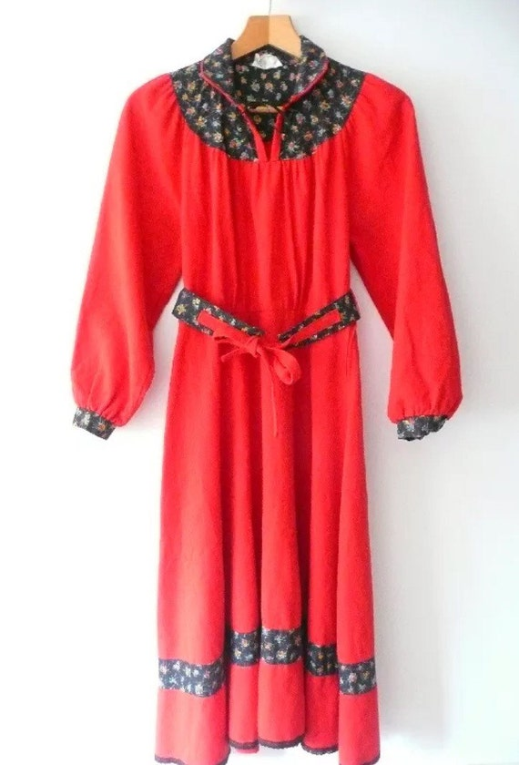 Vintage 70's Red & Floral Dress UK Size 12 * Autum