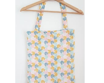Totebag with colored shells, handbag, grocery bag, beach bag, perfect for the summer