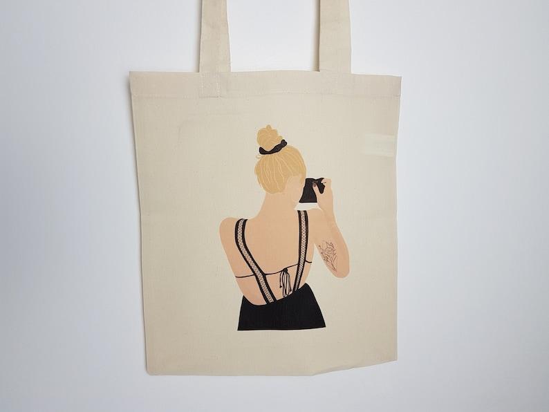 Totebag with Illustration Marilyne Print handbag grocery bag image 0