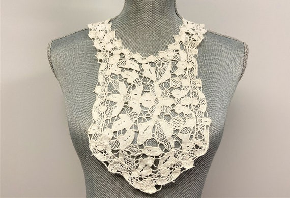 Antique Handmade Crochet Collar, Vintage Ivory Col