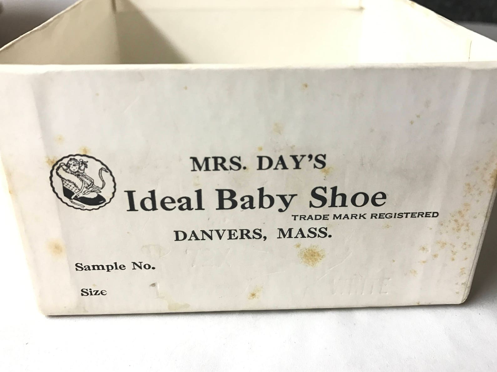 vintage baby ballet slippers, size 1, in original box, knee socks included, baby satin ballet shoes, vintage newborn shoes, mrs.