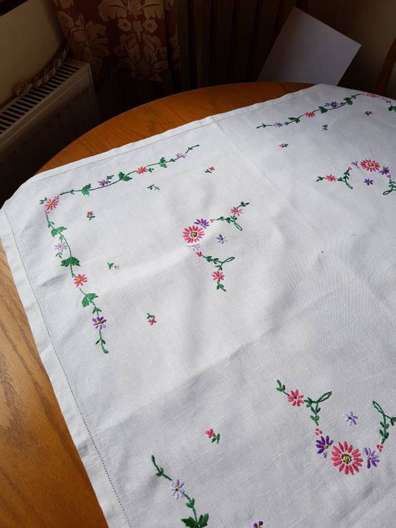 Vintage hand embroidered tablecloth pretty flowered table linen cotton tablecloth UK seller ships worldwide