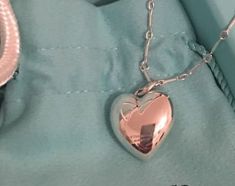 c41c394e2a72 Drop Dead Gorgeous Tiffany and Co Ziegfeld Collection Sterling Silver Puff  Heart on a 24