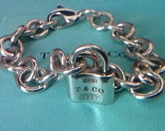 ba182a134 Stunning Classic Authentic Tiffany & Co Sterling Silver Padlock Bracelet -  6.5 Inches