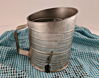 Vintage Bromwell's Measuring Flour Sifter 5 Cups Rustic
