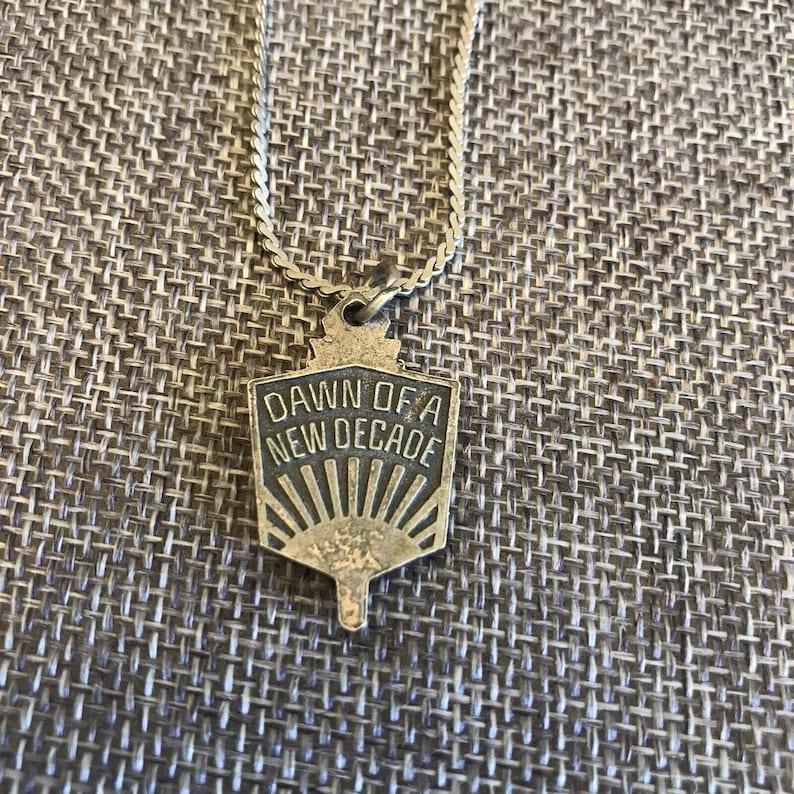 Class Of 80 High School Pendant Dawn Of A New Decade Necklace Silver Tone Vtg