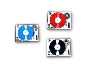 Record Player / Turntable lapel pin