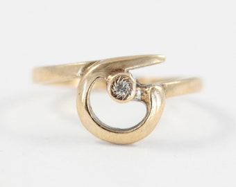 Vintage 9ct Yellow Gold and Diamond Ring, Swirl Front Ring, Size L 1/2 Ring, Modernist Ring, 1980s Gold Ring