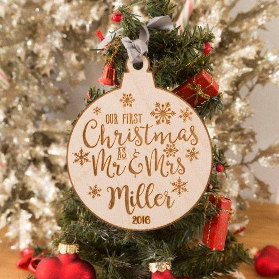 Premier Noël comme M /& Mme Babiole 1st Décoration Personnalisé Coeur Cadeau Couple