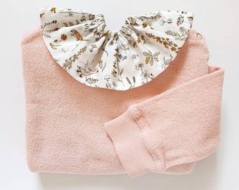 100% organic teething bandana bib for baby - Apple -