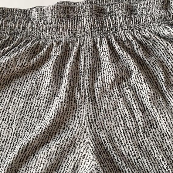 1990s Vintage Printed Pants // Size Large - image 5