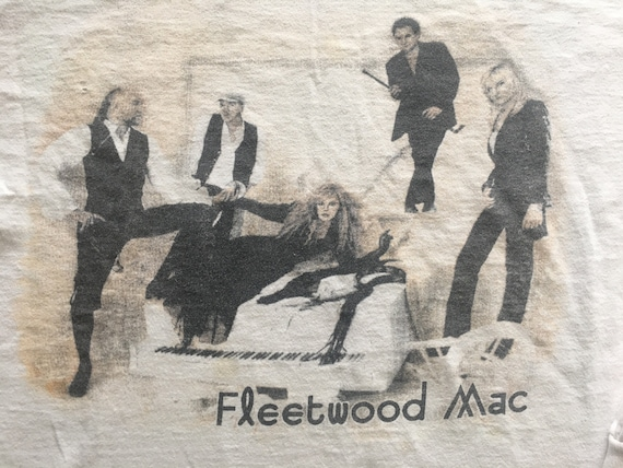 1997 FLEETWOOD MAC REUNION Distressed Longsleeve V