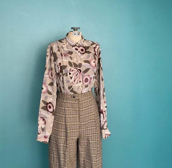 1970s Floral Blouse Secretary Button Up Blouse, T… - image 2