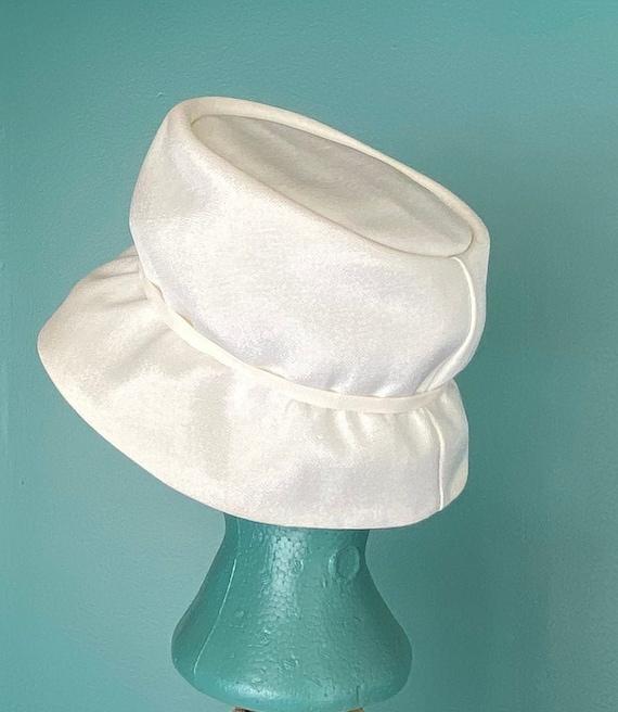 White Vintage 60s Womens Bucket Hat Women Wide Br… - image 5