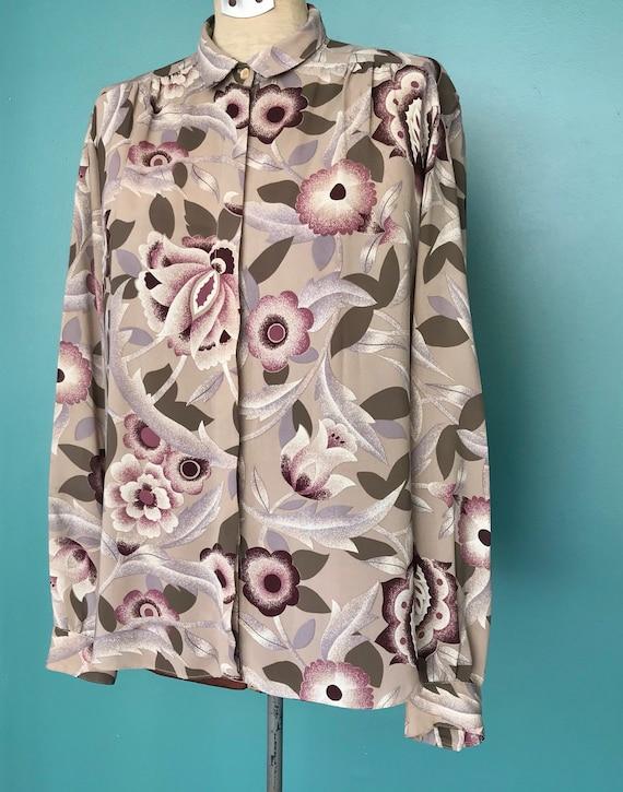1970s Floral Blouse Secretary Button Up Blouse, T… - image 4