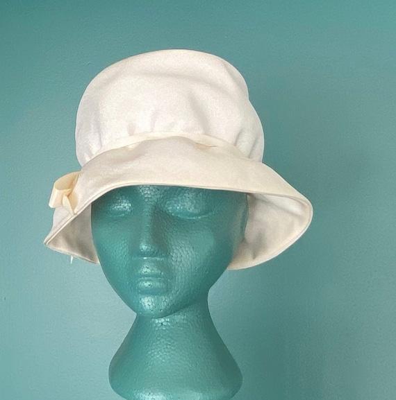 White Vintage 60s Womens Bucket Hat Women Wide Br… - image 2
