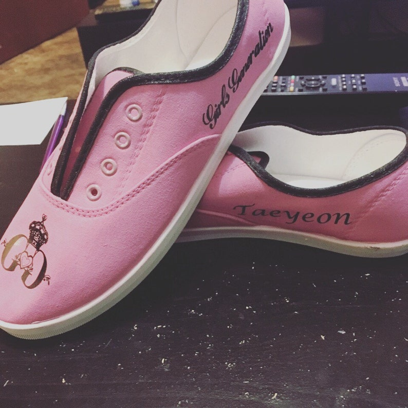 bf8bab9093b62 Girl's Generation SNSD Kpop *hand painted* shoes
