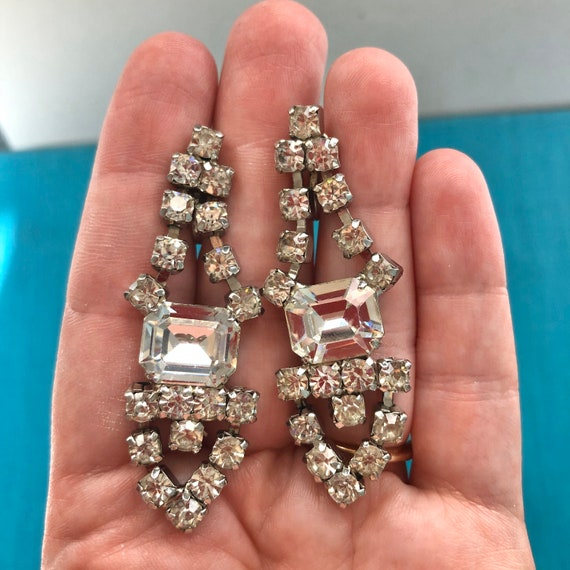 Vintage rhinestone dangle screw back earrings-stat