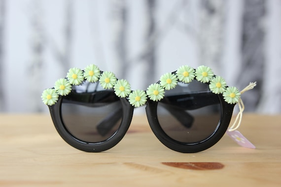 Sunnies with mint green daisy embellishments
