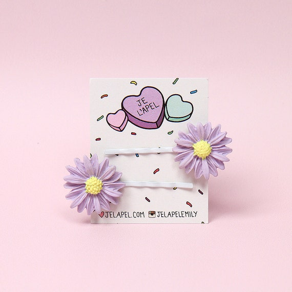 Pair of Daisy Barrettes - Violet