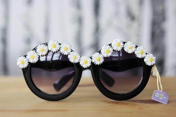 Daisy Embellised Sunnies