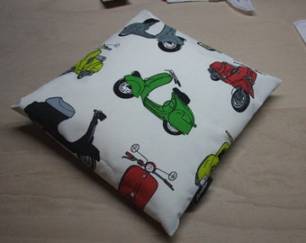 Pillow with slip lock ROLLER