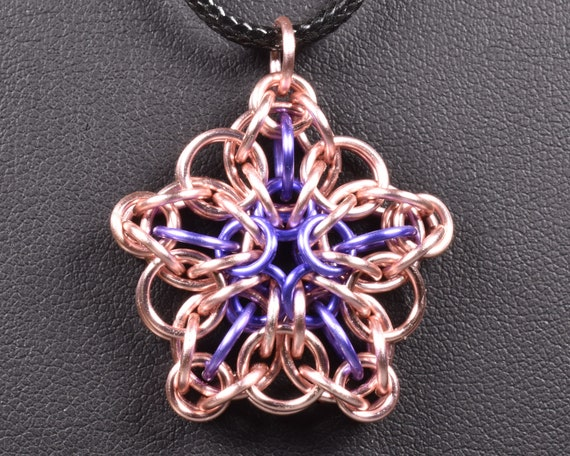 Celtic Star Chainmail Pendant - Rose & Lavender