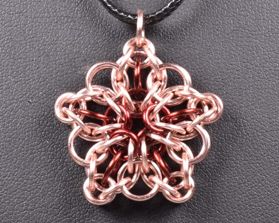 Celtic Star Chainmail Pendant - Rose & Burgundy