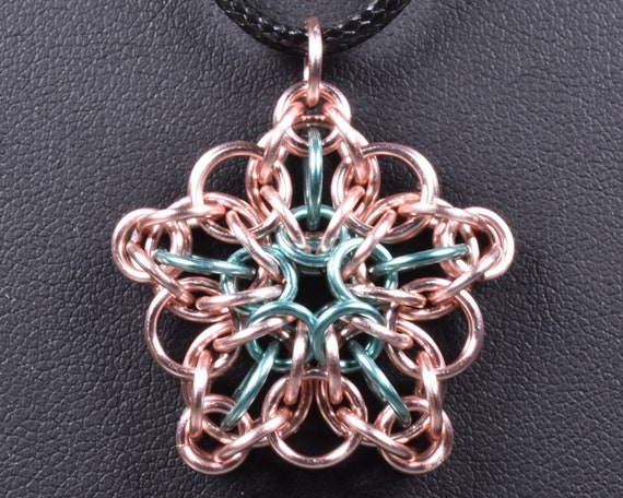 Celtic Star Chainmail Pendant - Rose & Baby Blue
