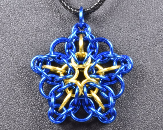 Celtic Star Chainmail Pendant - Blue & Yellow