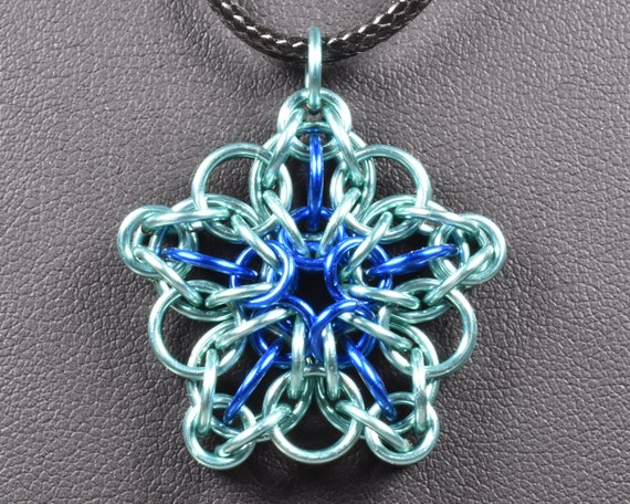 Celtic Star Chainmail Pendant - Baby Blue & Royal Blue