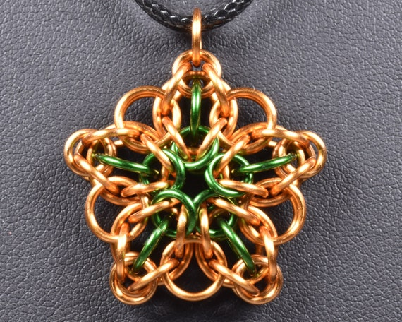 Celtic Star Chainmail Pendant - Bronze & Green