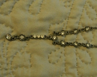 A Dainty Y-Necklace with Faux Diamonds