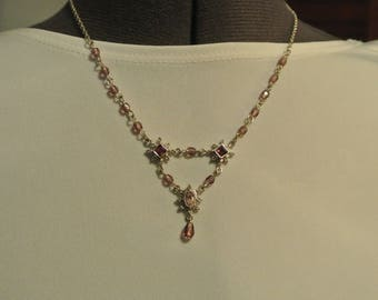A Darling Pink Stone Necklace