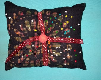 Pin cushion black southwest