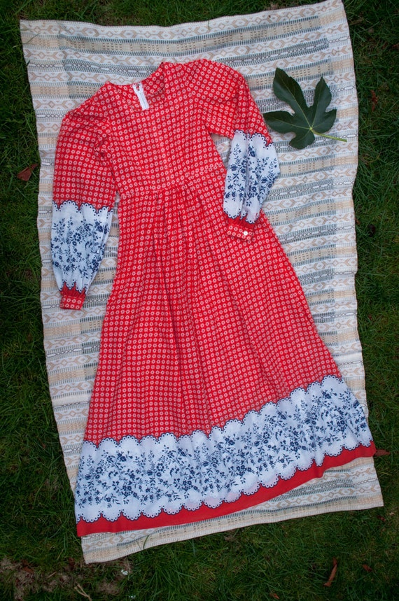 Vintage 70's, Red and Blue, Peasant, Handmade, Hip