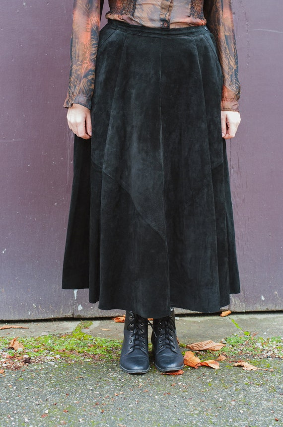 Danier Full Length Black Suede Leather Full Skirt… - image 3