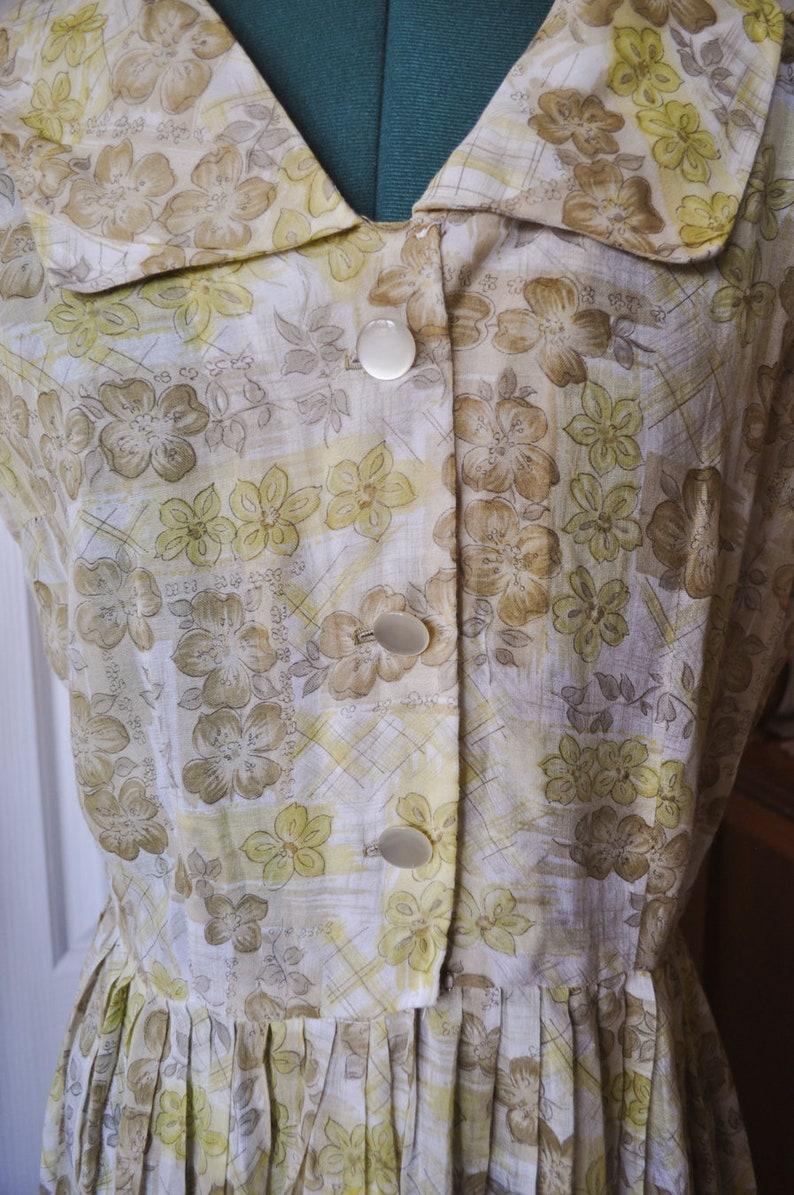 Size M SALE  Classic Vintage 60/'s Sheer Cotton Floral Summer Dress