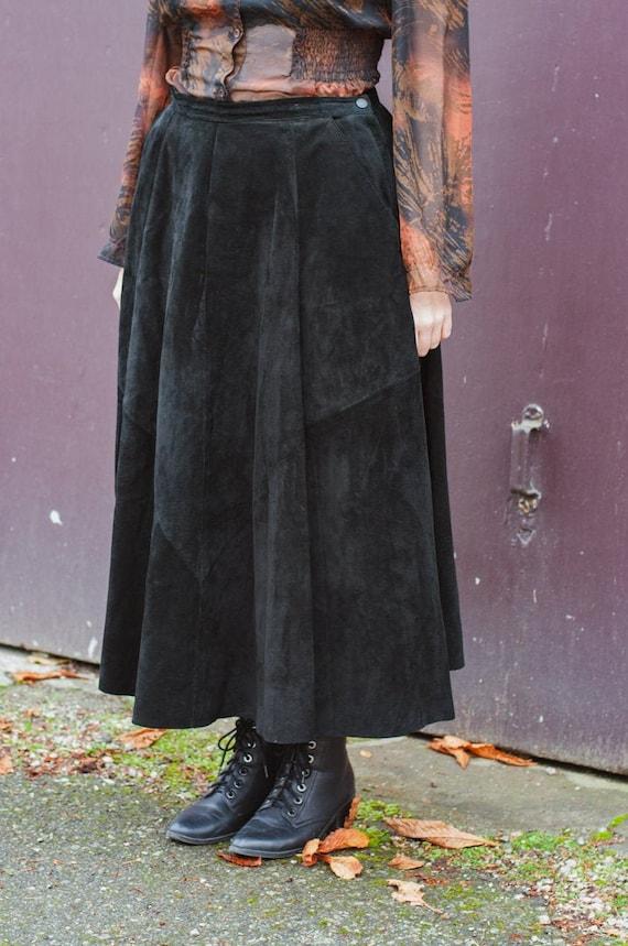 Danier Full Length Black Suede Leather Full Skirt… - image 1