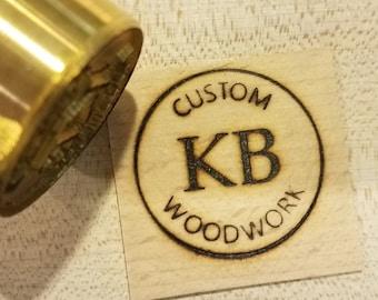 "1.5"" Round Custom Text w/Initials & Outline Branding Iron"