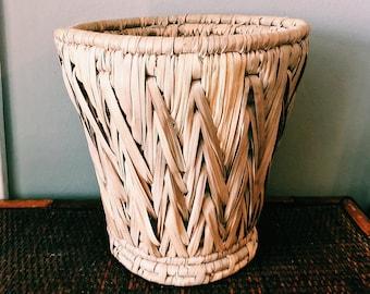 "Vintage 10"" Woven Braided Basket / Boho Rattan Plant Holder"