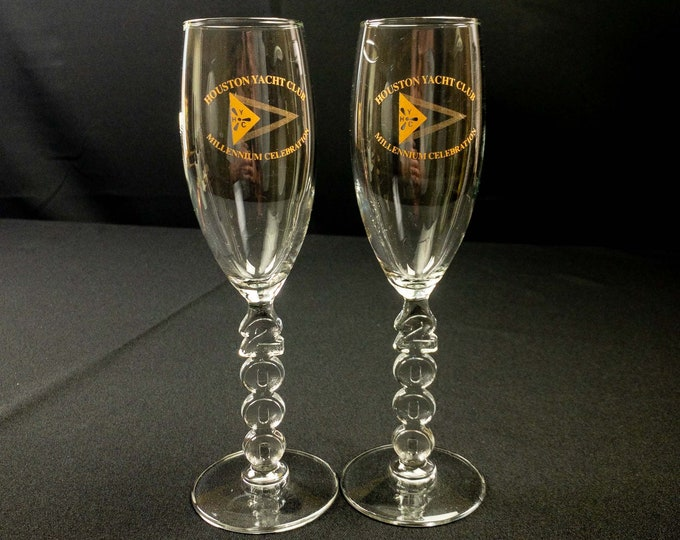Pair of Houston Yacht Club Millennium Celebration Champagne Glasses (2)