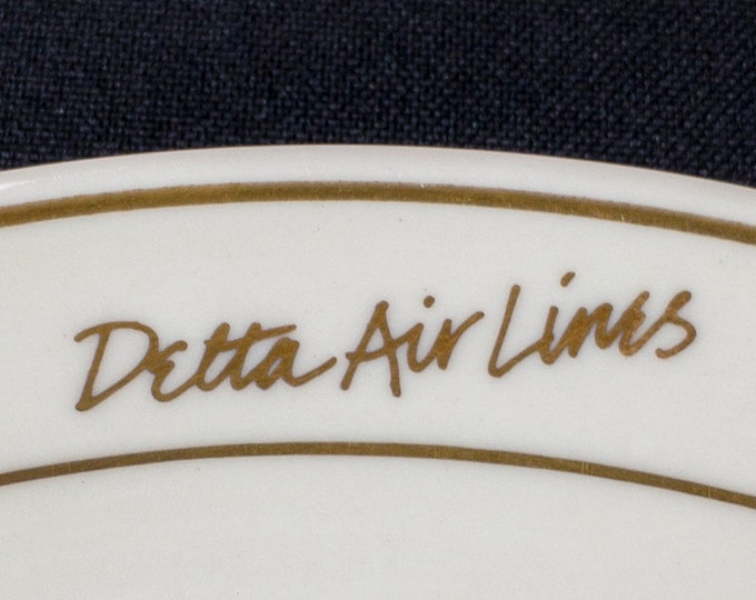 Delta Air Lines Signature Ivory Pattern Salad Plate Mayer China 1990-91