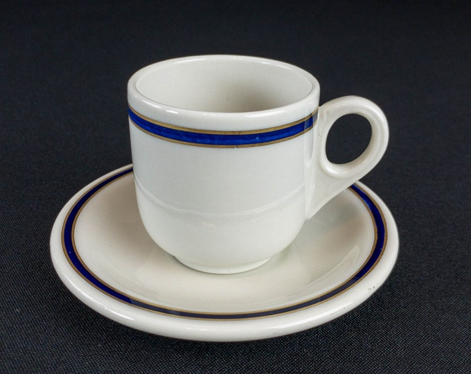 1931-1954 Union Pacific Blue And Gold Demitasse Cup And Saucer Restaurant Ware Ivory Lamberton China By Scammell