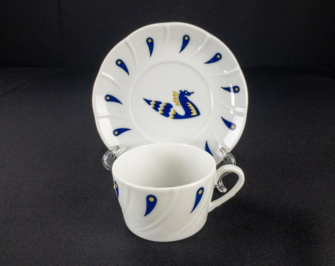 1970s Air France Airline First Class Service Designed by Jean Picart Le Doux Restaurant Ware Cup and Saucer Set made by CIM Porcelaine