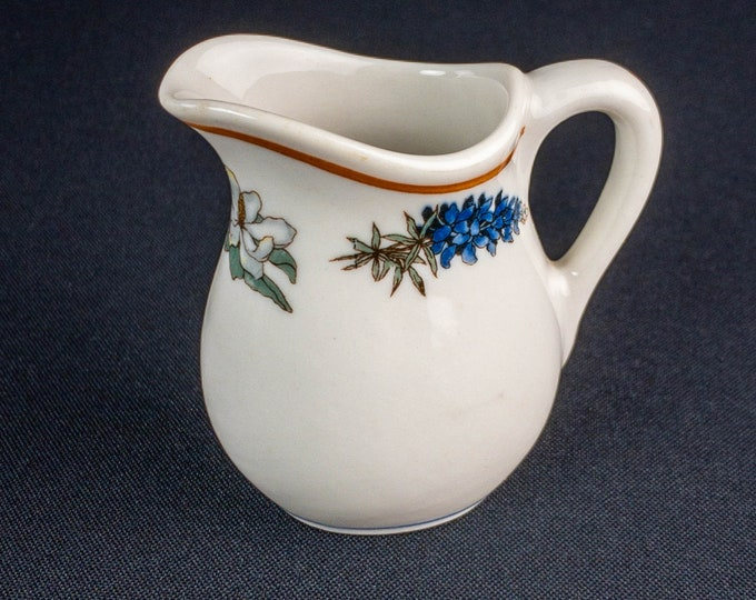 Individual Creamer Bluebonnet And Magnolia Pattern Restaurant Ware Lamberton China By Scammell
